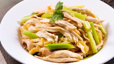 Hand shredded chicken with chinese celery and leeks in soybean sauce an overview type of cooking forumfinder Image collections